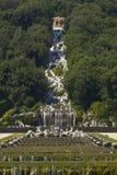 Caserta Royal Palace, Statue im Großen Wasserfall Lizenzfreies Stockbild