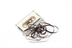 Casete audio quebrado. foto de archivo