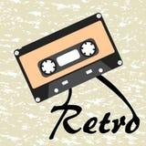 Casete audio retro 80s del vintage en fondo del grunge Foto de archivo