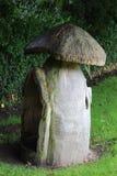 Casetta per giocare di legno del fungo Fotografie Stock Libere da Diritti