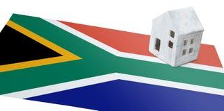 Casetta su una bandiera - Sudafrica Fotografia Stock Libera da Diritti