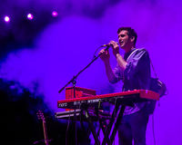 Casey Harris auf Tastaturen und Gesang Lizenzfreies Stockfoto