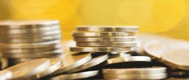 Cash flowbeheer - het Webbanner van geldmuntstukken Royalty-vrije Stock Afbeeldingen