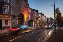 Cashel en Irlande la nuit photographie stock libre de droits