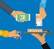 Cashless и платеж наличными Оплата кредитной карточкой, оплата онлайн, наличные деньги Рука с телефоном Шаблон для знамени реклам Стоковые Фото