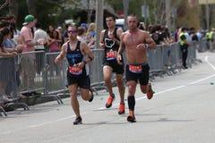 Casi 30000 corredores participaron en el maratón de Boston el 17 de abril de 2017 en Boston Imagen de archivo libre de regalías