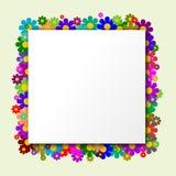 Casilla blanca con las flores en el fondo Fotografía de archivo