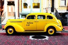 Casilla de taxi amarilla Imagen de archivo libre de regalías