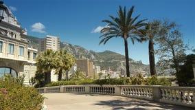 Casino au bord de la mer chez le Monaco, Cote D'Azur France banque de vidéos