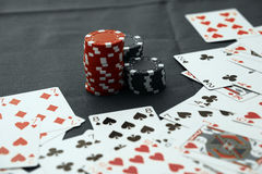 Casino chips. With texas holdem poker cards Stock Photography