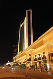 Casino de Wynn et hôtel par nuit, Macao Images stock