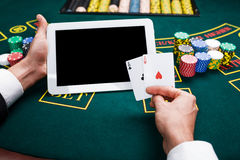 Casino, em linha jogo, tecnologia e conceito dos povos Imagem de Stock