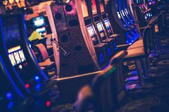 Free Casino Gambling Machines Royalty Free Stock Photography - 107122847