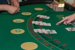 Casino interno: Atrás de Jack Gambling Table preto Fotos de Stock