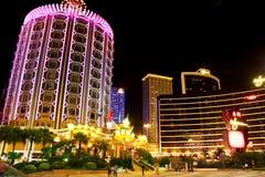 Casino Lisboa en la noche, Macao, China foto de archivo