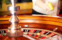 Casino. Weddenschap op de lijst Stock Fotografie