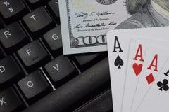 Casinos virtuales, dinero real foto de archivo