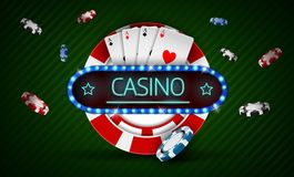 Casinospaander met retro neonlichtteken Stock Afbeelding