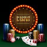 Casinospaander met retro neonlichtteken Royalty-vrije Stock Foto