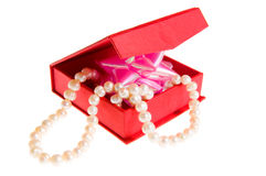 Casket with pearls Royalty Free Stock Images
