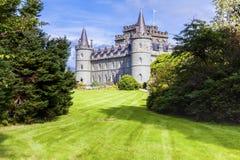 Caslte Scozia di Invereray nella vista di angolo di estate fotografia stock
