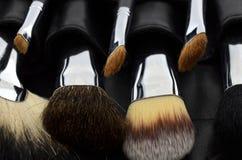Caso del maquillaje con los cepillos Fotos de archivo