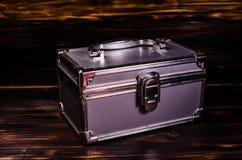 Caso del maquillaje o caja de aluminio de los accesorios de la joyería fotografía de archivo libre de regalías