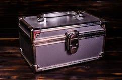 Caso del maquillaje o caja de aluminio de los accesorios de la joyería imagenes de archivo