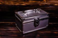 Caso del maquillaje o caja de aluminio de los accesorios de la joyería fotos de archivo