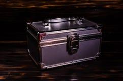 Caso del maquillaje o caja de aluminio de los accesorios de la joyería imagen de archivo