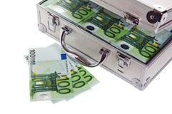 Caso metallico in pieno dell'euro Immagini Stock