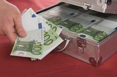 Caso metallico in pieno dell'euro Fotografia Stock Libera da Diritti