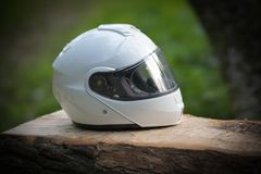 Casque classique blanc de plein visage de moto photos stock