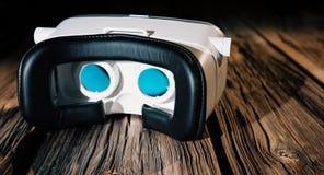 Casque de réalité virtuelle, la nouvelle électronique portable Photographie stock libre de droits