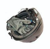 Casque gris et gants d'équitation d'isolement Photographie stock