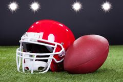 Casque rouge de sports Images stock