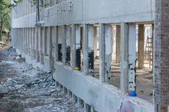 Casques abandonnés sur la construction Photographie stock