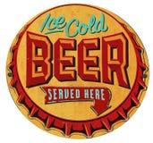Casquillo Tin Sign Iced Cold de la botella de cerveza ilustración del vector