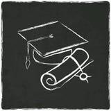 Casquillo y diploma de la graduación en viejo fondo Imágenes de archivo libres de regalías