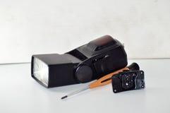 Cassée instantanée et tournevis 2 Photographie stock libre de droits