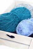 Cassa di legno della lana Immagini Stock