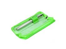 Cassa verde della penna isolata Fotografia Stock Libera da Diritti