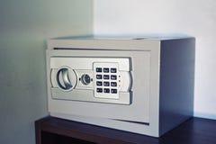 Cassaforte del metallo di obbligazione fotografia stock