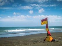 Cassaforte di nuotata alla spiaggia di Karekare Fotografie Stock Libere da Diritti