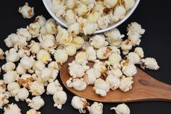 Casse-croûte salés de maïs éclaté Images libres de droits