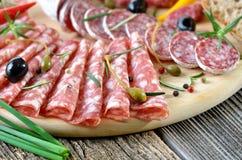 Casse-croûte de salami Photographie stock libre de droits