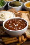 Casse-croûte et sauces de pain, verticaux Photographie stock
