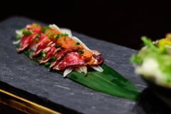 Casse-croûte japonais de viande crue Image stock