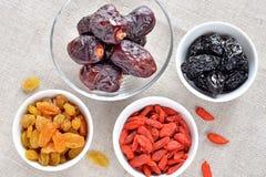Casse-croûte sec de fruits Images stock