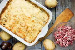 Casserole κρέατος πατατών στοκ φωτογραφίες με δικαίωμα ελεύθερης χρήσης